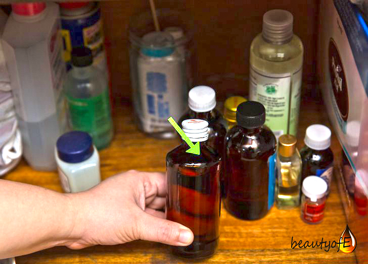 Store the Vitamin E Oil